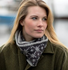 Swans Island Patterns - Brooke Cowl Pattern