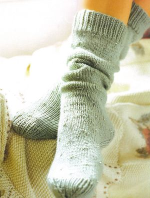 RYC Cashsoft 4 ply Beady Bed Socks Kit - Socks