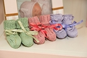 Tahki Cotton Classic Lite Booties Kit - Baby and Kids Accessories