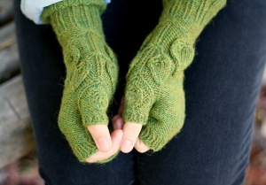 Berroco Ultra Alpaca Light Spring Foliage Mitts Kit - Hats and Gloves