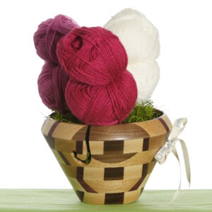 Jimmy Beans Wool Yarn Bouquets - Rauma Finullgarn Flower Pot - Pink