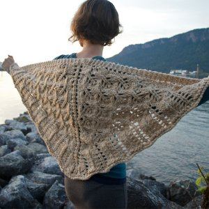 Andrea Rangel Knits Patterns - Pembroke Pattern