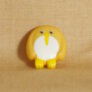 Muench Plastic Buttons - Penguin - Yellow (15mm)