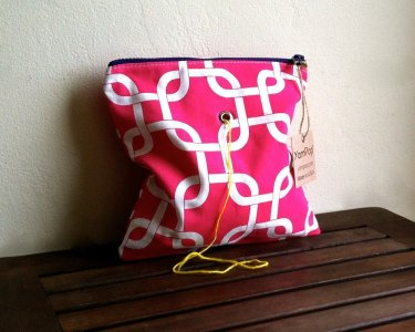 Top Shelf Totes Yarn Pop - Single - Pink Interlock