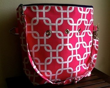 Top Shelf Totes Yarn Pop - Totable - Pink Interlock