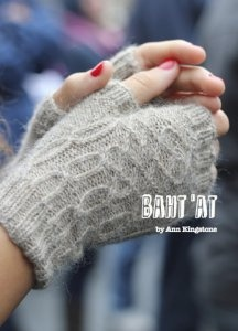 Baa Ram Ewe Titus Baht'at Fingerless Mitts Kit - Hats and Gloves