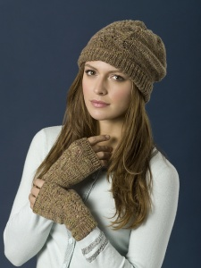 TSCArtyarns Cashmere Tweed Woodlands Hat & Wristwarmers Kit - Hats and Gloves