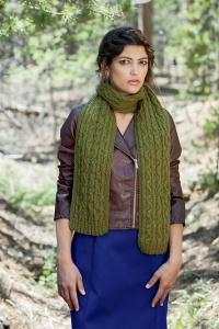 Plymouth Galway Worsted Chokecherry Scarf Kit - Scarf and Shawls