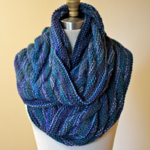 Schoppel Wolle Reggae Ombre Arrowhead Moebius Cowl Kit - Scarf and Shawls