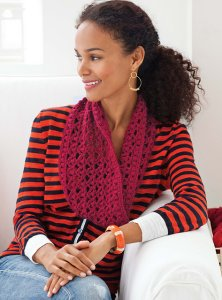 Fyberspates Scrumptious DK Worsted Slouchy Cowl Kit - Crochet for Adults