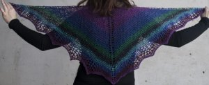 Cascade Souk Waves Shawlette Kit - Scarf and Shawls