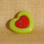 Muench Plastic Buttons - Love - Green (15mm)