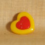 Muench Plastic Buttons - Love - Yellow (15mm)