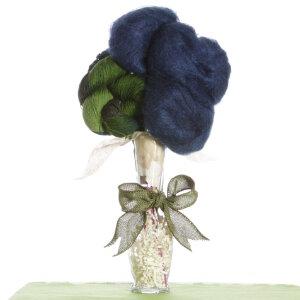 Lithosphere Shawl Bouquet