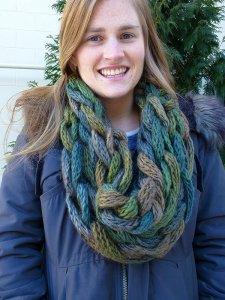 Berroco Link Arm Knit Cowl Kit - Scarf and Shawls