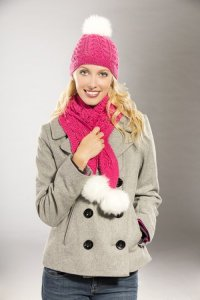 Universal Yarns Deluxe Worsted Superwash Snowbunny Hat & Scarf Kit - Scarf and Shawls