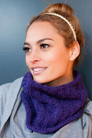 Plymouth Baby Alpaca Aire Ribbed Cowl Kit - Scarf and Shawls