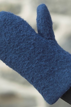Plymouth Galway Worsted Felted Oven Mitt Kit - Home Accessories