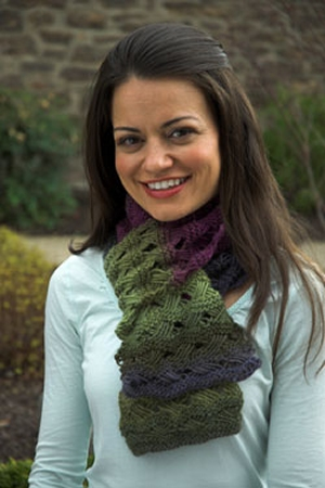 Plymouth Gina Scarf Kit - Scarf and Shawls