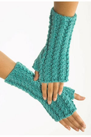 Plymouth Yarns Baby Alpaca Grande Fingerless Mitts Kit - Hats and Gloves