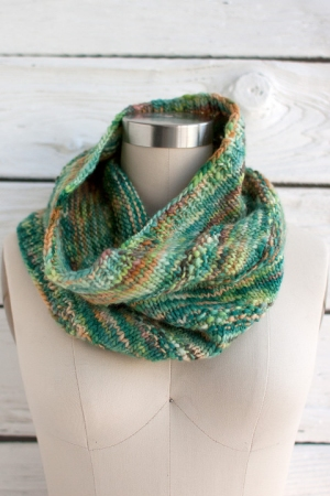 Manos del Uruguay Wool Clasica Stellar Cowl Kit - Scarf and Shawls