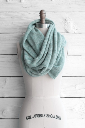 Manos del Uruguay Fino Circle Scarf Kit - Scarf and Shawls