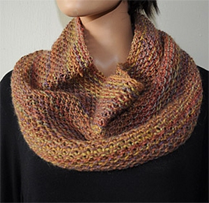 Crystal Palace Yarns Nocturne Dk Waffle Cowl Kit - Scarf and Shawls