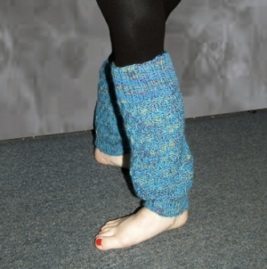 Cascade Yarns Bentley Stair Steps Leg Warmers Kit - Women's Accessories