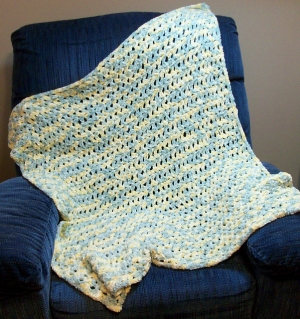 Cascade Yarns Pluscious Baby Shells Baby Blanket Kit - Crochet for Kids