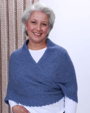 Hikoo Yarns Rylie Seward Park Shawl Kit - Scarf and Shawls