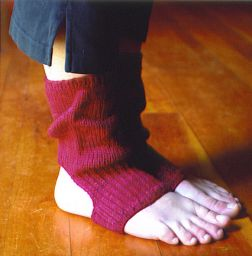 Mac & Me Patterns - z071 Yoga Socks Pattern