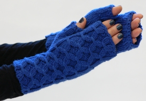 Hikoo Simpliworsted Fingerless Gloves Kit - Hats and Gloves