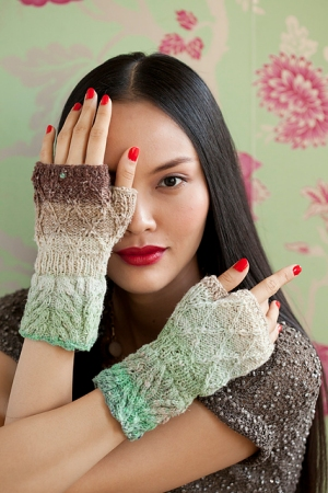 Noro Taiyo Sock Twisted Stitch Mitts Kit - Hats and Gloves