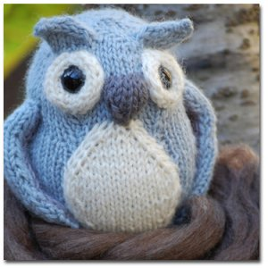 KnitWhits Softie - Bramble Owl - Grey