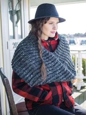 Berroco Inca Tweed Bantry Cowl Kit - Crochet for Adults