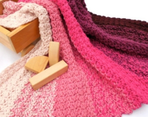 Hikoo Simpliworsted Painterly Pinks Blanket Kit - Crochet for Kids