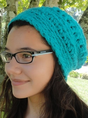 Brown Sheep Lamb's Pride Worsted 10 Rounds, Swirl Hat Kit - Crochet for Adults