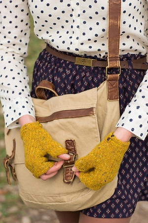 Rowan Fine Tweed Glenveagh Mitts Kit - Hats and Gloves