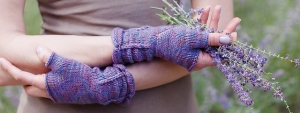 Dream in Color Smooshy Padina Pavonia Mitts Kit - Hats and Gloves