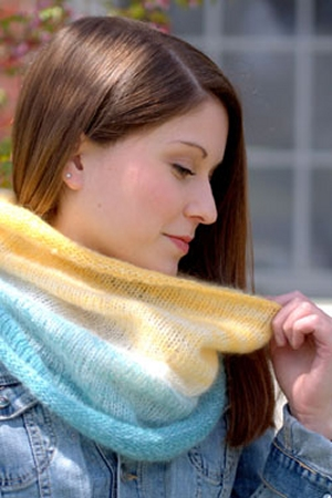 Plymouth Yarn Kid Gloss/Kid Gloss Hand Dyed Gradiation Cowl Kit - Scarf and Shawls