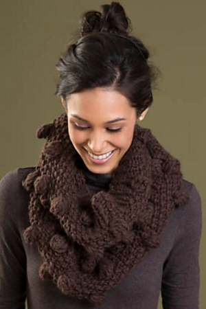 Tahki Montana Warmth Cowl Kit - Scarf and Shawls