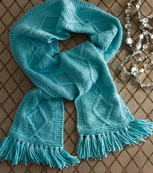 Cascade Venezia Worsted Diamond Lattice Scarf Kit - Scarf and Shawls