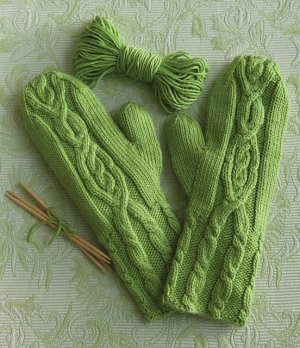 Cascade Venezia Worsted Cable Cuff Mittens Kit - Hats and Gloves