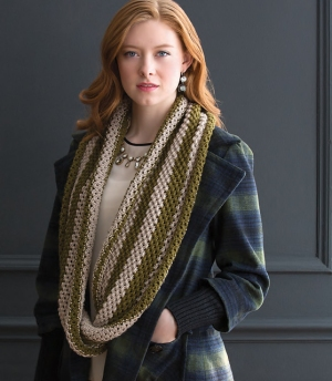 Cascade Venezia Worsted Twisted Cowl Kit - Scarf and Shawls