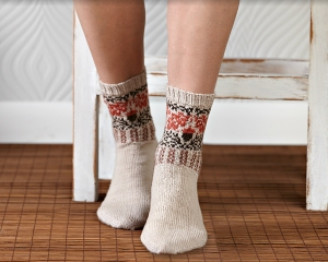 Mrs. Crosby Satchel Oak & Acorn Socks (Small) Kit - Socks