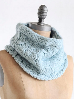 Blue Sky Fibers Bulky Frosty Cowl Kit - Scarf and Shawls
