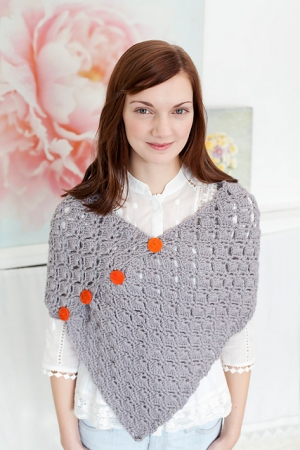 Debbie Bliss Cashmerino Aran Pretty Poncho Kit - Crochet for Adults