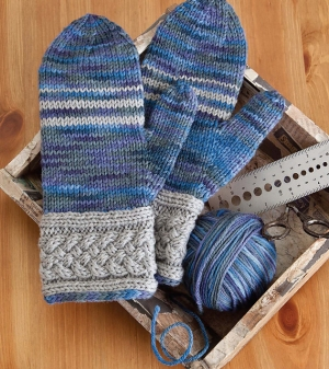 Cascade 220 Cable Cuff Mittens Kit - Hats and Gloves