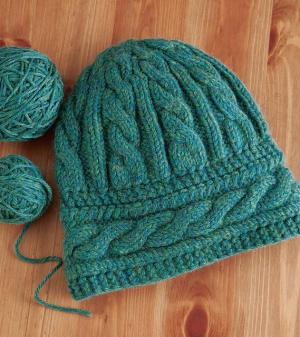 Cascade 220 Heathers Two-Way Cabled Beanie Kit - Hats and Gloves
