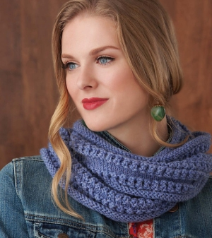 Cascade 220 Heathers Mesh Cowl Kit - Scarf and Shawls